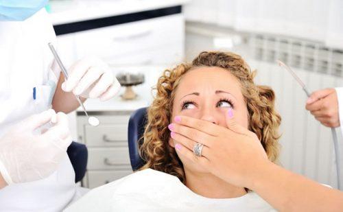 La paura del dentista: le cause e le modalità con cui si manifesta